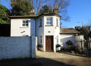 Thumbnail 2 bed detached house to rent in Upper Sunbury Road, Hampton