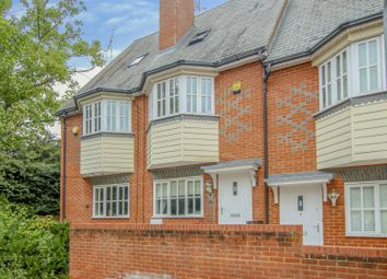 3 bed property for sale in Fantasia Court, Warley, Brentwood CM14