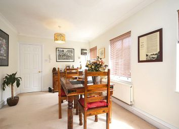 Thumbnail 2 bed property to rent in Hillgate Place, London