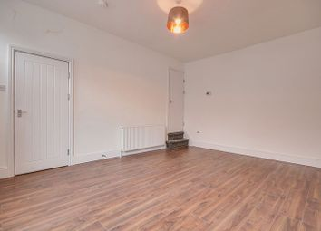 Thumbnail 2 bed property to rent in Hammond Street, Halifax