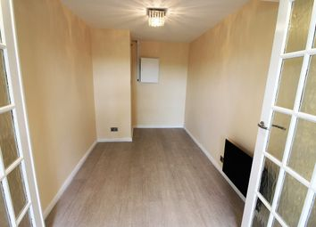 Thumbnail 1 bed flat to rent in Gurnell Grove, Greenford