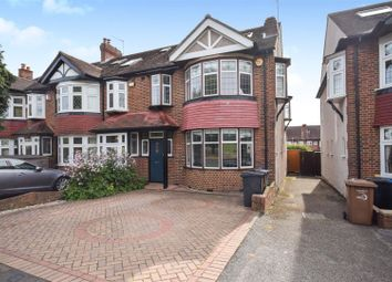 4 bed property for sale in Parkway, London SW20