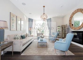 Thumbnail 2 bed flat to rent in Flat 3, Arkwright Road, Hampstead, London