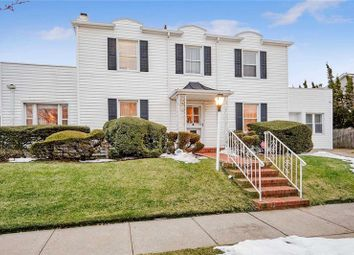 Thumbnail 4 bed property for sale in Long Island, 11509, United States Of America