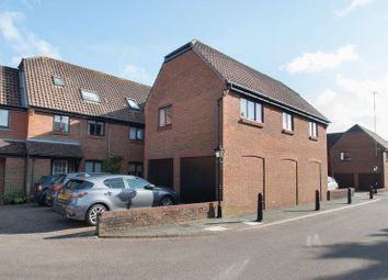 Thumbnail 2 bed flat for sale in Bishopsgate Walk, Chichester