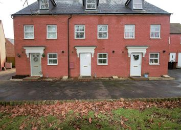 Thumbnail 3 bed town house to rent in Thyme Close, Banbury