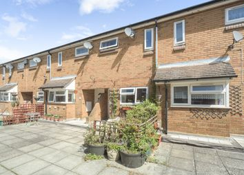 Thumbnail 2 bed flat for sale in Ferriby Court, Bracknell, Berkshire