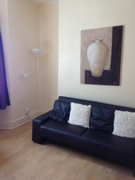 Thumbnail 1 bed flat to rent in 18 Victoria Terrace, Swansea
