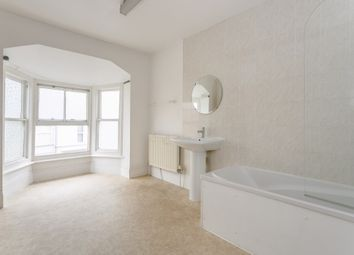 Thumbnail Room to rent in Queens Road, Hastings