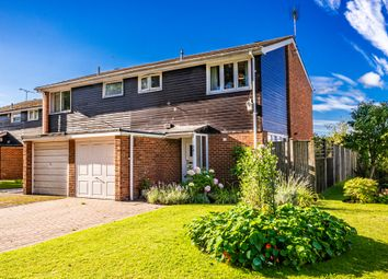3 bed property for sale in 74 Wayside Green, Woodcote RG8