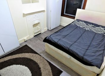 Thumbnail 1 bed flat to rent in Eynsford Road, Ilford
