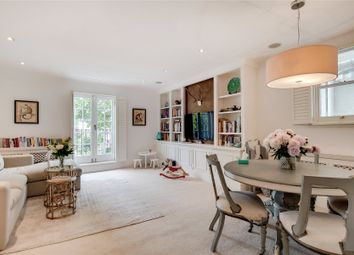 2 bed flat for sale in Elm Park Road, Chelsea, London SW3