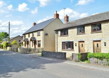 Thumbnail 3 bed cottage to rent in Oxford Road, Hampton Poyle, Kidlington