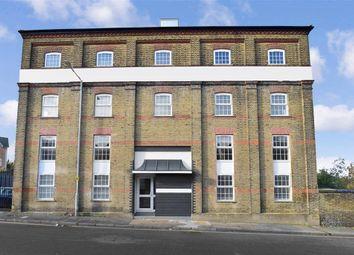 2 bed flat for sale in Stuart Road, Gravesend, Kent DA11