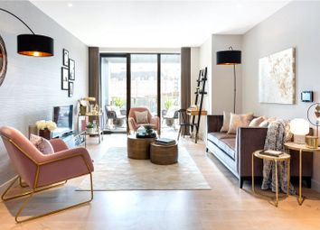 Thumbnail 1 bed flat for sale in Sutherland Street, London