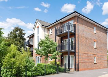 Thumbnail 2 bed flat for sale in Newtown Road, Newbury