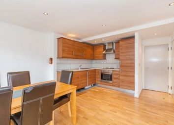 Thumbnail 2 bed flat to rent in Fieldgate Street, London