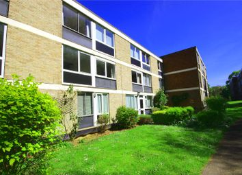 2 bed flat to rent in Westacre Close, Westbury On Trym, Bristol BS10