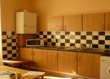 Thumbnail 2 bedroom flat to rent in Duckworth Lane, Bradford 9