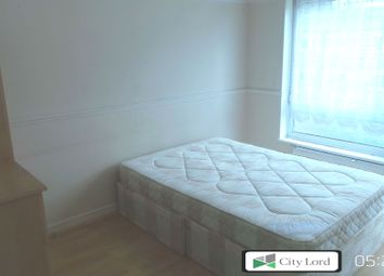 Thumbnail 4 bed flat to rent in Grace Street, London