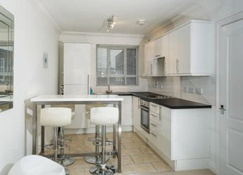 Thumbnail 1 bed flat to rent in Osborne Road, Southsea