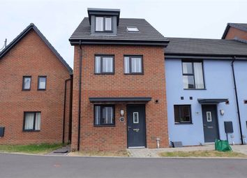 Thumbnail 4 bed town house to rent in Ffordd Y Millenium, Barry, Vale Of Glamorgan