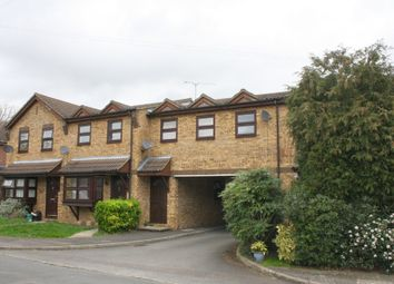 Thumbnail 1 bed flat to rent in Oakley Close, Addlestone
