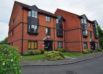 Thumbnail 2 bedroom flat to rent in Foxhills, Horsell, Woking
