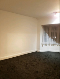 Thumbnail 3 bed maisonette to rent in Dimsdale Drive, Enfield