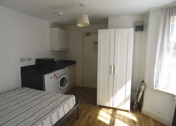 Thumbnail Studio to rent in Truro Road, Flat 3, Wood Green