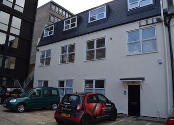 Thumbnail Office to let in First Floor, 311 Chase Road, Southgate, London