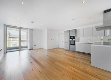 Thumbnail 2 bed flat to rent in Glenthorne Road, Hammersmith