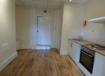 Thumbnail 1 bed flat to rent in Belvedere Road, Taunton