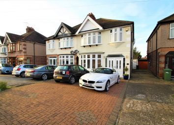 4 bed semi-detached house to rent in Herent Drive, Clayhall, Ilford IG5