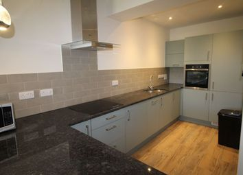 2 bed flat to rent in Armada Way, Plymouth PL1