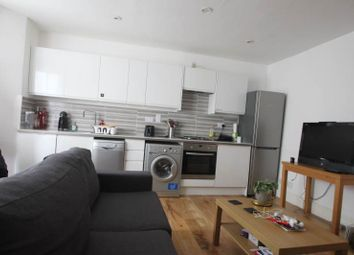 Thumbnail 3 bed flat to rent in Hartham Road, Hillmarton Conservation Area/ Caledonian Road