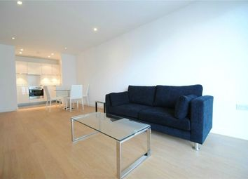 Thumbnail 1 bed flat to rent in 6 Saffron Central Square, Croydon, Surrey