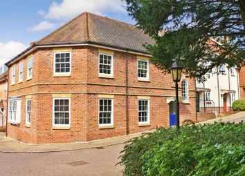 Thumbnail 2 bed flat for sale in Gunners Mews, Bishops Waltham, Southampton