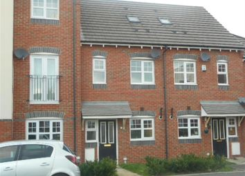 Thumbnail 3 bed town house to rent in Calgarth Avenue, Warrington