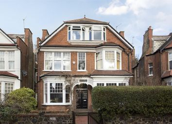 Thumbnail Flat for sale in Princes Avenue, Muswell Hill