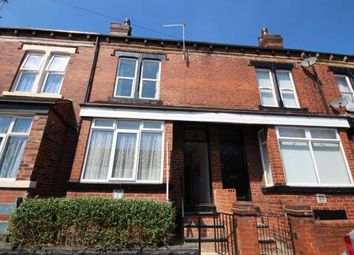 Thumbnail 1 bed flat to rent in Hares Mount, Leeds