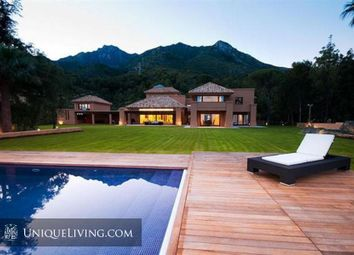 Thumbnail 6 bed villa for sale in Golden Mile, Marbella, Costa Del Sol