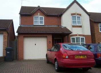 Thumbnail 3 bed property to rent in Graphic Close, Dunstable