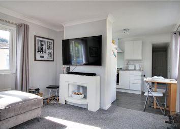 2 bed mobile/park home for sale in Albert Avenue, Penton Park, Chertsey, Surrey KT16