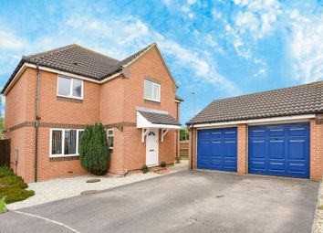 Thumbnail 4 bed detached house for sale in Churchward Close, Wantage