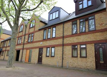 Spirit Quay, London E1W. 3 bed terraced house for sale