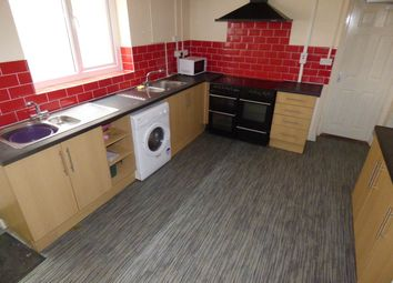 6 bed property to rent in Bryn Y Mor Crescent, Brynmill, Swansea SA1