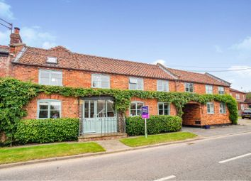 5 bed barn conversion for sale in Lincoln Lane, Thorpe-On-The-Hill, Lincoln LN6