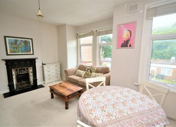 2 bed maisonette to rent in Byegrove Road, Colliers Wood, London SW19