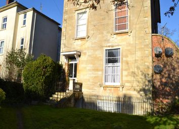 Thumbnail 2 bed flat to rent in Donnington Square, Newbury, Berkshire